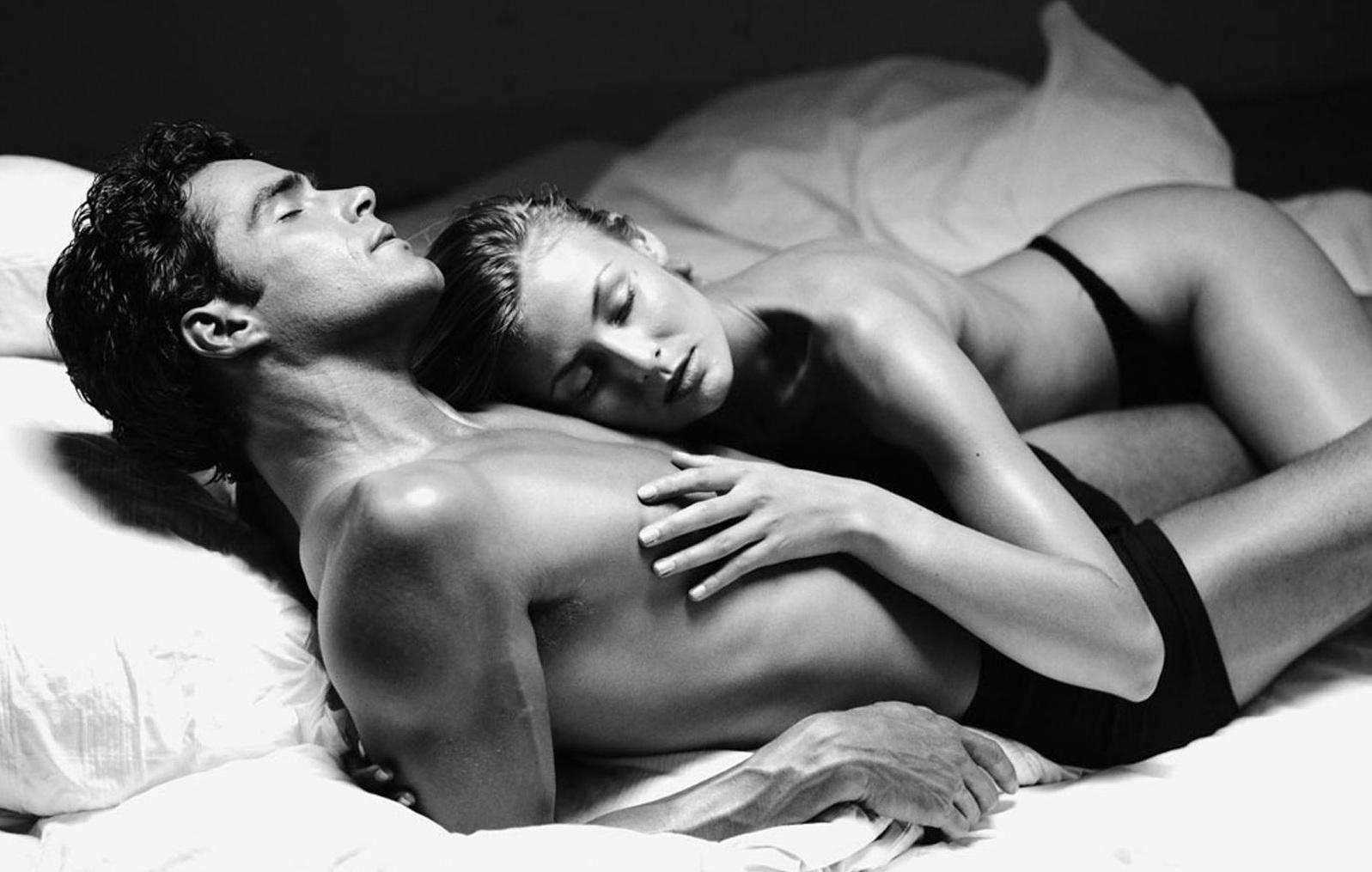 Ни секса ни мастурбации просто красота тела