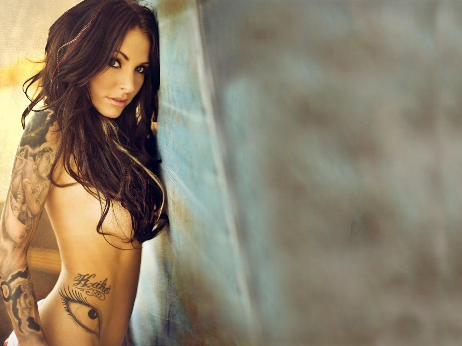 Красивые фото татуировки на девушке