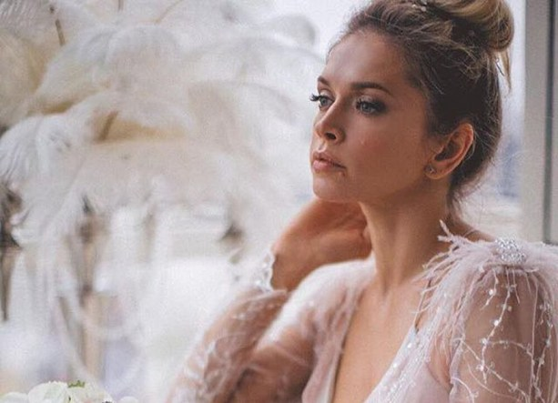 Секс видео в свадебном платье