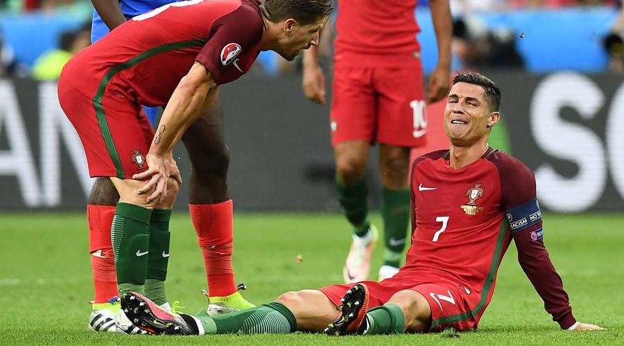 Фото плачущего криштиану роналду