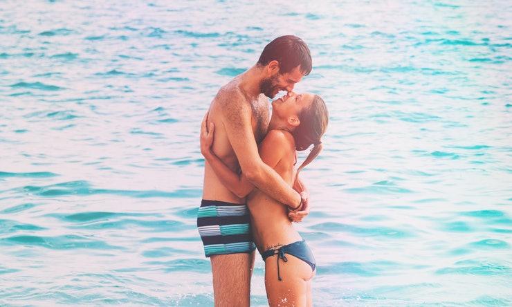 Секс на пляже просто для здоровья